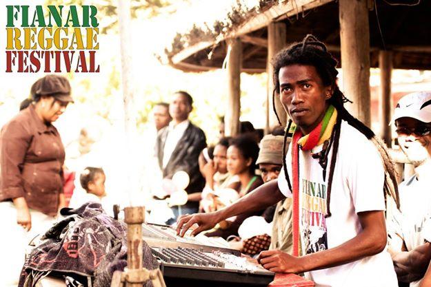 Cofondateur avec Valéry du Fianar Raggae Festival